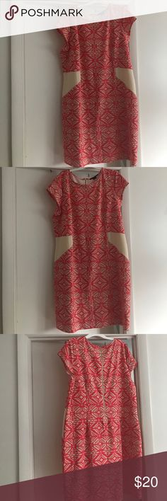 Dress Beautiful dress could be casual or dressy. It's in very good condition. Ashley Stewart Dresses Midi