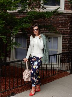 Fall Floral, Sarah In Style, sarahinstyle.com, Sarah Meyer, Chicago Blogger, Fashion Blogger, Windy City Bloggers, floral pants, red shoes, fall style, colorful wardrobe, old navy, gap, j. crew