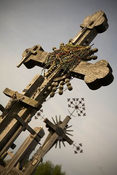 2 Crosses by Dmitri Korobtsov, via Flickr