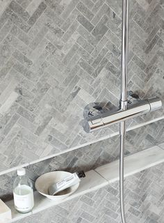 Hampton Bays Herringbone Mosaic with East Hampton marble tiles http://www.firedearth.com/tiles/range/hampton-bays/mode/grid