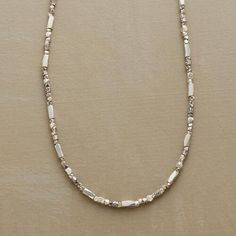 SCINTILLATING SILVER NECKLACE: View 1