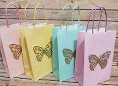Butterfly Party Decorations, Butterfly Birthday Party, Butterfly Baby Shower, Butterfly Party Favors, Butterfly Bags, Fairy Birthday Themes, Girl Birthday Decorations, 1st Birthday Parties, Theme Color