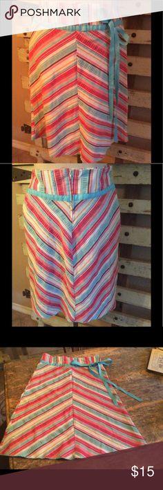 Lipsy Skirt Cute Cute skirt with Blue sash...Zips in back at waist...waist 13 1/2 long ..Bottom Flare 22 1/2..long 23 1/2 lipsy Skirts Midi