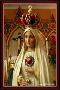 Our Lady of Fatima has asked us to pray the rosary every day. She loves us! Mother Mary Images, Images Of Mary, Lady Of Lourdes, Lady Of Fatima, Blessed Mother Mary, Blessed Virgin Mary, Immaculée Conception, Queen Of Heaven, Holy Rosary