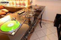 room of the week 59 – DJ Othello Home Studio Music, House Music, Dj Quotes, Music Quotes, Dj Table, Tables, Turntable Setup, Dj System, Dj Stand