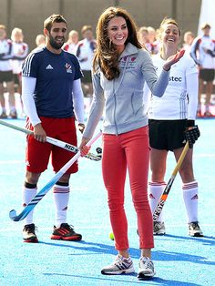 Only Kate Middleton could look this nice in a hoodie.   Love the pants!