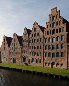 "Scavengedluxury - As seen in ""Nosferatu"". Lübeck, October 2014."