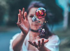 You and me we got the world in our hands💡 Brandon Woelfel👑 Photography Challenge, Photography 101, Photoshop Photography, Creative Photography, Amazing Photography, Portrait Photography, Fashion Photography, Brandon Woelfel, Foto Art