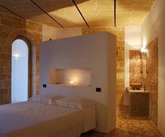 Bagno In Pietra Leccese : Boiserie in pietra leccese by bianco cave pietra leccese pinterest