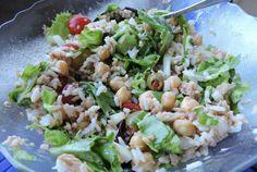 Retete Culinare - Salata cu naut, ton  si orez