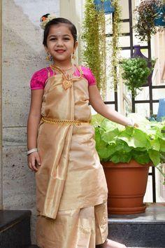 Baby Fancy Dress, Girls Fancy Dresses, Flower Girl Dresses, Onam Saree, Kerala Saree, Girl Photo Shoots, Girl Photos, Kids Saree, Rajasthani Dress