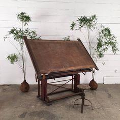 table dessin industrielle ancienne d co int rieure. Black Bedroom Furniture Sets. Home Design Ideas