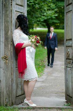 weddingshooting by MFPanholzer Lace Skirt, Skirts, Photography, Fashion, Moda, Photograph, Fashion Styles, Fotografie, Skirt