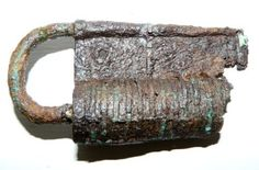 newcastle upon tyne england medieval | Medieval iron padlock from the castle, Newcastle upon Tyne