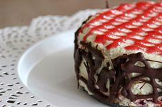 Las recetas de Masero.: Tarta mousse de chocolate blanco con coulis de fresa