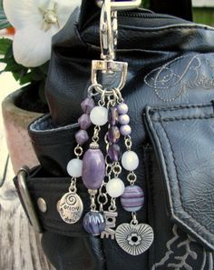 "Bag charm / key chain "" Follow your dreams "". €12.50, via Etsy."