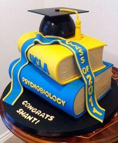 Graduation Cakes & Bakes