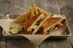 Bacon, Avocado and -Tomato Grilled Cheese Grilled sourdough filled with Applewood smoked bacon, avocado, Havarti cheese and tomatoes. With lemon garlic aioli for dipping. Lemon Garlic Aioli, Havarti Cheese, Bacon Avocado, Lunch Specials, Lunch Menu, Smoked Bacon, Deep Dish, Roasted Tomatoes, Grilling