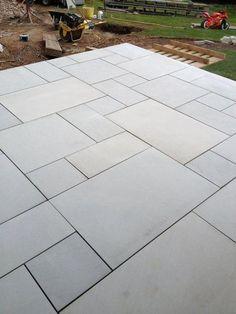 Garden slabs - Sawn Kandla Grey Indian Sandstone Paving Garden Slabs, Garden Tiles, Patio Slabs, Garden Paving, Patio Stone, Flagstone Patio, Deck Patio, Patio Table, Outdoor Paving