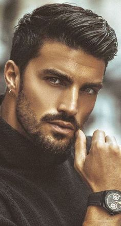 dose of awesome beard 🧔 style ideas from Checkout Ou. - -Daily dose of awesome beard 🧔 style ideas from Checkout Ou. Beard Styles For Men, Hair And Beard Styles, Facial Hair Styles, Medium Beard Styles, Beautiful Men Faces, Gorgeous Men, Most Beautiful Man, Photography Poses For Men, Awesome Beards