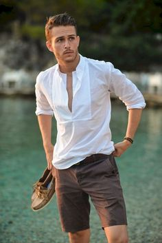 Awesome 60 Cool and Trending Summer Outfits Ideas for Men from https://www.fashionetter.com/2017/05/19/cool-trending-summer-outfits-ideas-men/