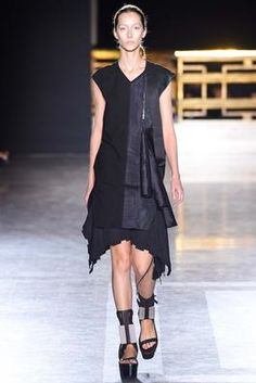 Rick Owens Spring 2015 Ready-to-Wear Fashion Show: Complete Collection - Style.com