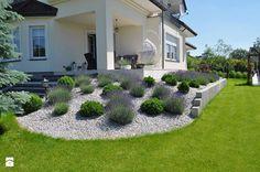 153862_f631a295-ef34-40ae-a0bf-9e3e39ab2b1f_max_900_1200_classic-ogrod-styl-klasyczny (700x464, 381Kb) Modern Landscaping, Outdoor Landscaping, Front Yard Landscaping, Outdoor Gardens, Front Garden Landscape, House Landscape, Front Yard Design, Sloped Garden, Patio Makeover