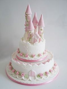 {Ideas & Inspiration} Princess, Castles, & Carriages… Cakes Galore! | Whimsical Printables