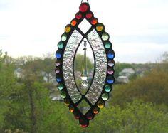 Fröhlichen Regenbogen Juwelen Glasmalerei von dortdesigns auf Etsy