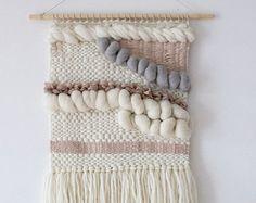 Explora los artículos únicos de weavingmystory en Etsy: el sitio global para comprar y vender mercancías hechas a mano, vintage y con creatividad.