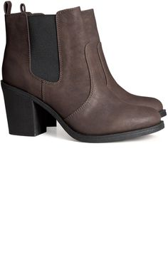 NEWEST ADDITION TO THE CLOSET :: h&m Imitation leather ankle booties