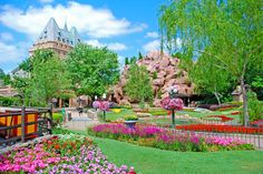 Beautiful Spring Colors!  Who's been here?