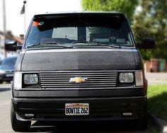 Front Astro88 Chevrolet Astro 1988. bowtie262