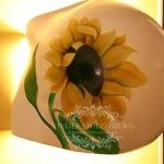 Belly lamp with sunflower painting