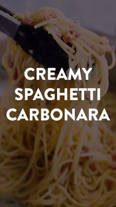 This authentic Pasta Carbonara recipe is easy to make with parmesan cheese, bacon (or even better: pancetta!) and spaghetti or your favorite pasta shape. The traditional sauce (without cream!) turns out so creamy in this Italian classic! Sauce Carbonara, Pasta Alla Carbonara, Cucumber Recipes, Bacon Recipes, Cooking Recipes, Chicken Recipes, Creamy Spaghetti, Spaghetti Dinner, Spaghetti