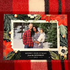 Send your loved ones a chic Holiday greeting card from Minted. Image courtesy of DesignLifeAndStyle