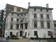 Robert Patterson mansion 1903, now the  Washington Club