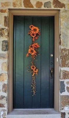 DIY Fall Flower Door Hanger | 21 DIY Fall Door Decorations, see more at http://diyready.com/21-diy-fall-door-decorations-wreaths-door-hangers-more