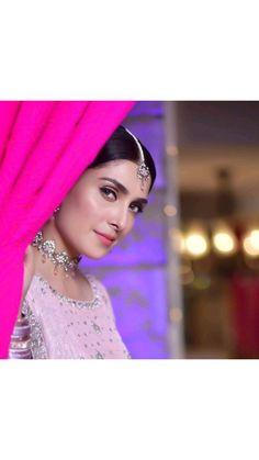 India Sari, Ayeza Khan, Pakistan News, Pretty Outfits, Danish, Photography, Women, Fashion, News From Pakistan