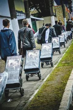 Spain - These carts are popping up all over the world so everyone can have an opportunity to receive Bible literature. Have you seen them? #literature_cart