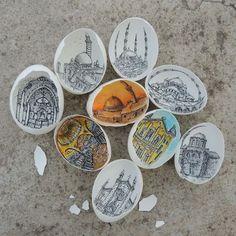 Woman Recreates Classic Works of Art Inside Delicately Cracked Eggshells - My Modern Met