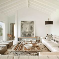 Design Mistakes: How Not to Design a Boring Neutral Room (Emily Henderson) Style At Home, Living Room Furniture, Living Room Decor, Living Room Designs, Living Spaces, Beige Room, Comfortable Living Rooms, Cozy Living, Small Living