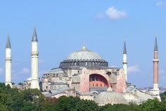 Hagia Sophia in Istanbul: One of the seven wonders of the Medieval World Architecture Byzantine, Cathedral Architecture, Sacred Architecture, Religious Architecture, Istanbul Airport, Istanbul Travel, New Seven Wonders, Wonders Of The World, Hagia Sophia Istanbul
