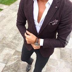 Mens Fashion Guide — via Instagram http://ift.tt/1OHBI3F
