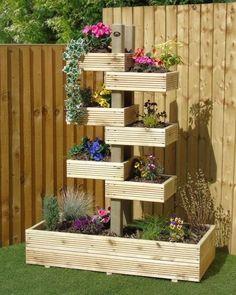 Gardening Decor – Make your garden beautiful Deck Planters, Wooden Garden Planters, Flower Planters, Planter Boxes, Tiered Planter, Tower Garden, Garden Boxes, Garden Art, Garden Design