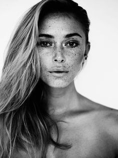Pretty People, Beautiful People, Beautiful Women, Beautiful Freckles, Freckle Face, Portraits, Porno, Looks Style, Simply Beautiful