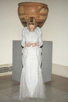 Anna Wintour in Chanel Haute Couture.