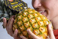 #NationalPineappleDay is here!🍍🍍 From Del Monte Gold® Extra Sweet Pineapple, to Honeyglow®, and even to Pinkglow®, Fresh Del Monte has all your pineapple needs covered! 🙌 Funky Fruit, Bite Size, Pick One, Vitamin C, Love Food, Poultry, Smoothies, Pineapple, Frozen