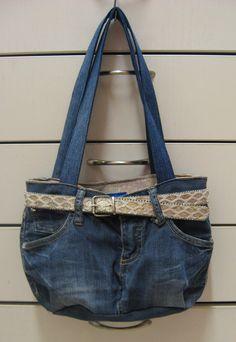 Kierrätys farkkulaukku - Recycled jeans bag Recycle Jeans, Recycling, Sewing, Crafts, Ideas, Fashion, Dressmaking, Clothing, Jewerly