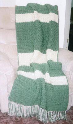 Free crocheting pattern: Petal Stitch Afghan